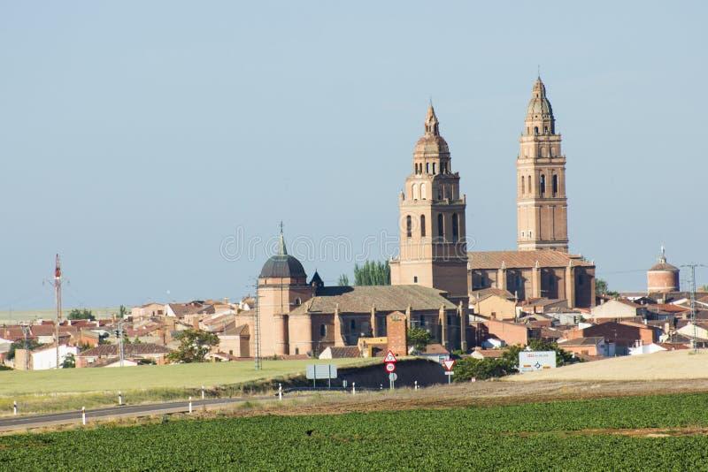 Ogólny widok Alaejos, Hiszpański miasto w Valladolid prowinci, Castilla Y Leon obraz royalty free