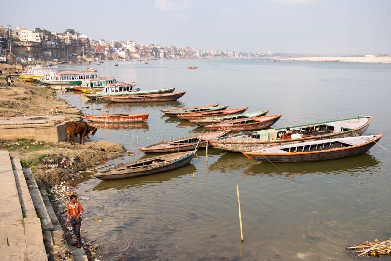 Ogólny widok Ghats i Ganges rzeka, Varanasi, India obrazy royalty free
