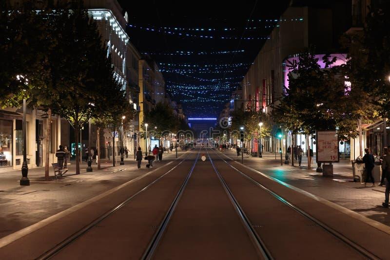 Ogólny widok ulica W Ładnym przy nocą zdjęcie royalty free
