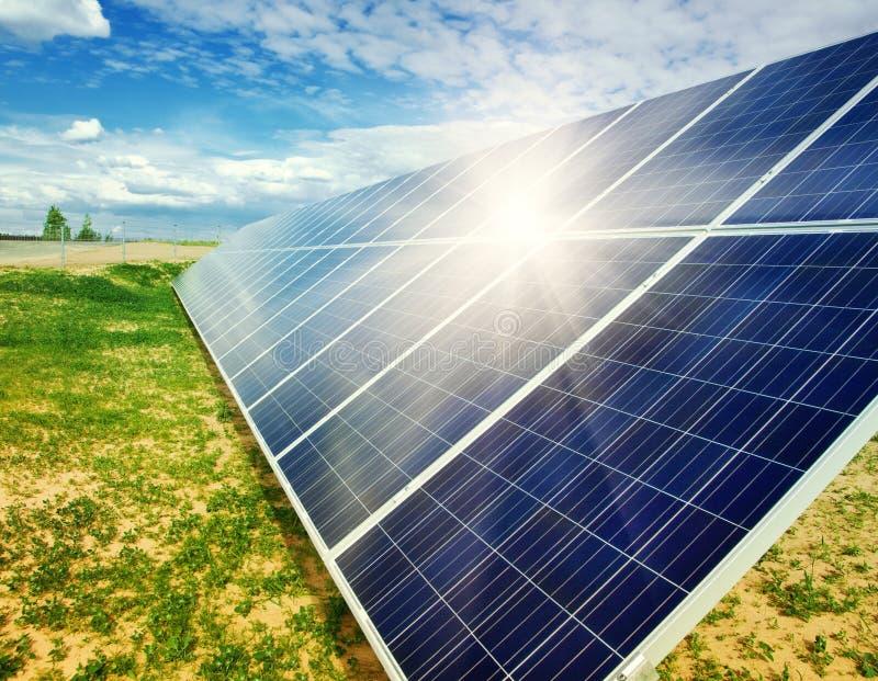 Oggetto a energia solare di panels immagini stock libere da diritti