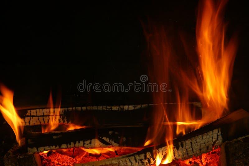 Ogień drewno zdjęcia stock
