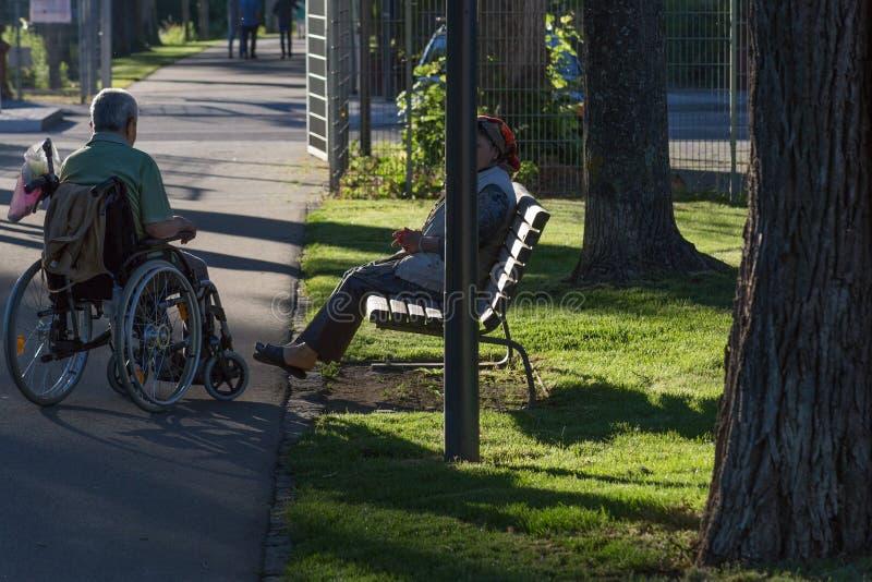 ogiltig stol parkerar in royaltyfria foton