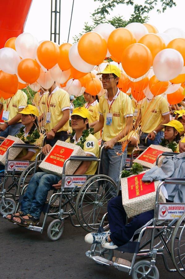 Ogiltigt folk på rullstolen på gemenskapaktivitet royaltyfri fotografi