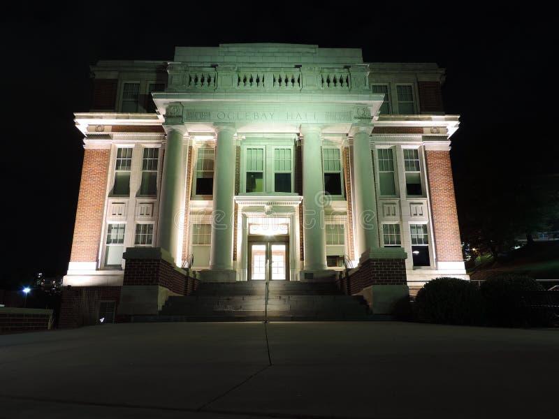 Oglebay Hall la nuit photos stock