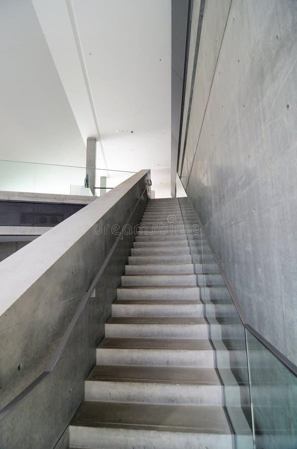 Ogołaca betonowego schody fotografia stock