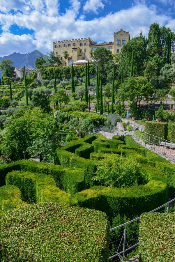 Ogród botaniczny Trauttmansdorff kasztel przy Meran na Włochy obrazy stock