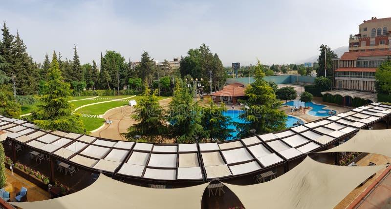 Ogród i basen Chtaura Parkowy hotel beqaa Lebanon dolina fotografia stock