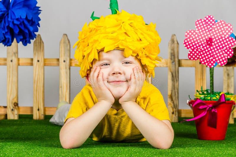 Ogrodowa chłopiec obraz royalty free
