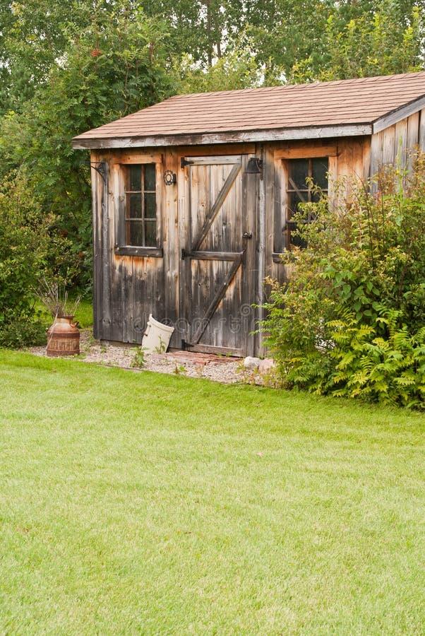ogrodowa nieociosana jata zdjęcie royalty free