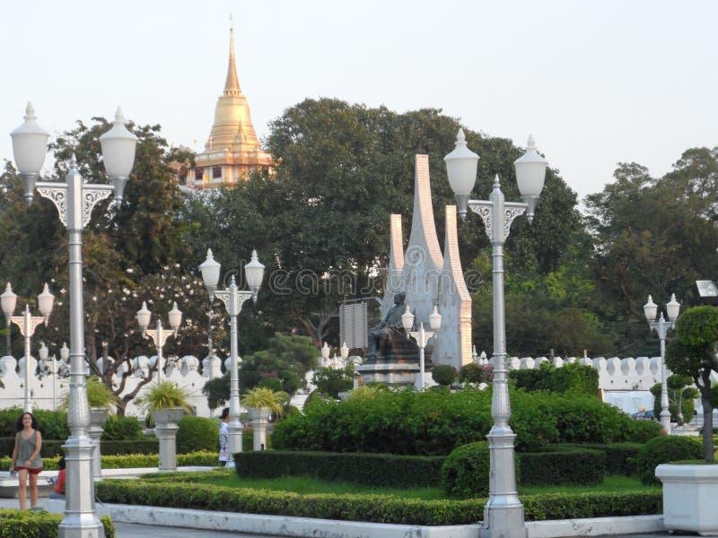 Ogrodowe parkowe fotografie w Bangkok, Tajlandia Tam są wiele ciekawi miejscami Tajlandzkimi i cudzoziemskimi turystami Przychodz obraz royalty free