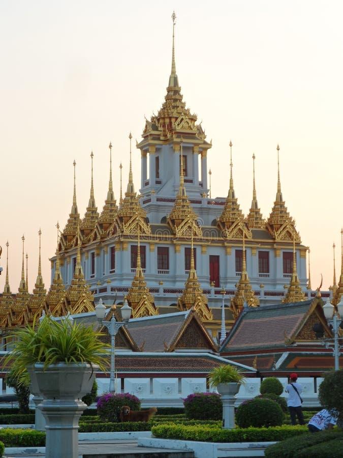 Ogrodowe parkowe fotografie w Bangkok, Tajlandia Tam są wiele ciekawi miejscami Tajlandzkimi i cudzoziemskimi turystami Przychodz obrazy royalty free