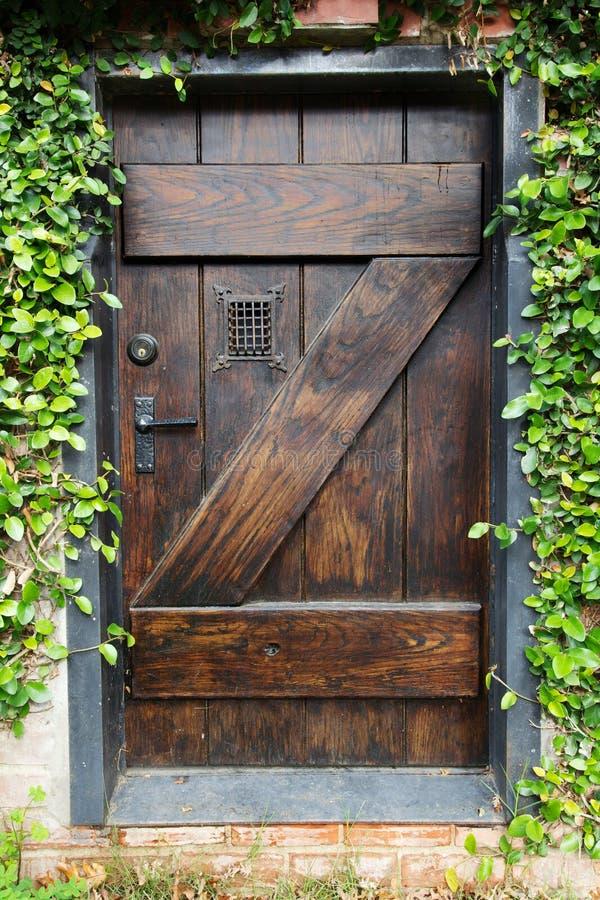ogrodowy drzwi sekret fotografia royalty free