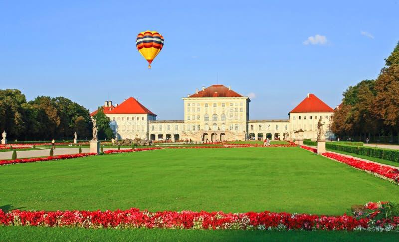 ogrodowy nymphenburg pałac królewski zdjęcia royalty free