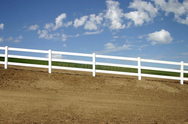 ogrodzenie nachylający zdjęcie stock