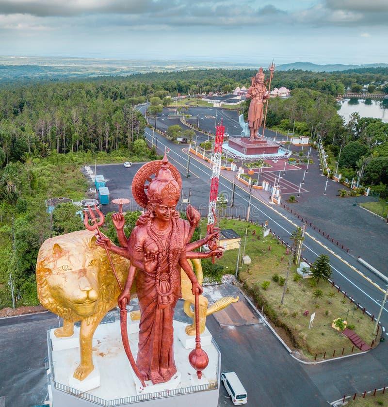 Ogromna Shiva statua w uroczystej Bassin świątyni, Mauritius Ganga Talao fotografia stock