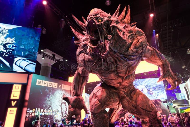 Ogromny potwór przy rozwija budka przy E3 2014 zdjęcia royalty free