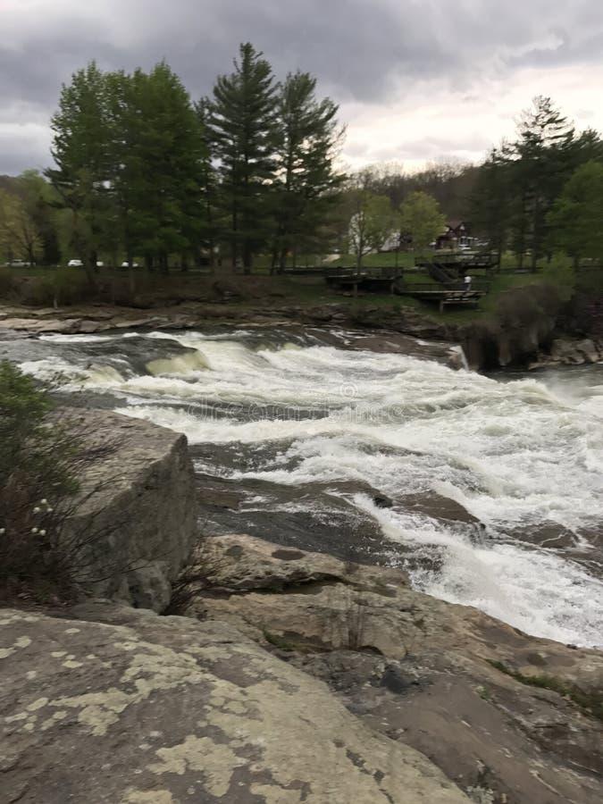 Ohiopyle-Wasserfälle lizenzfreies stockbild