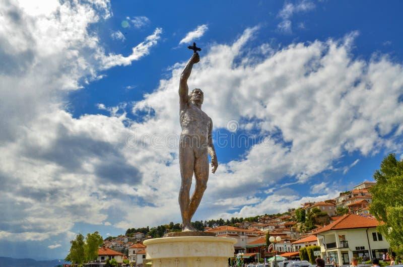 Ohrid, Macedônia - monumento do esmagamento fotografia de stock royalty free