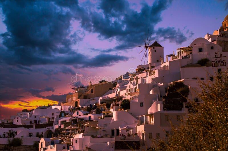 Oia村庄,圣托里尼Cyclade海岛,希腊 免版税库存图片