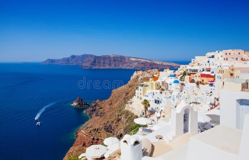 Oia sull'isola di Santorini Bello paesaggio di Santorini con la caldera, Grecia immagini stock libere da diritti