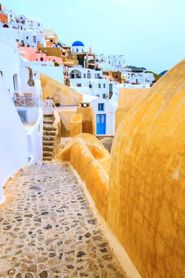 Oia ulica, Santorini wyspa w Grecja zdjęcie stock