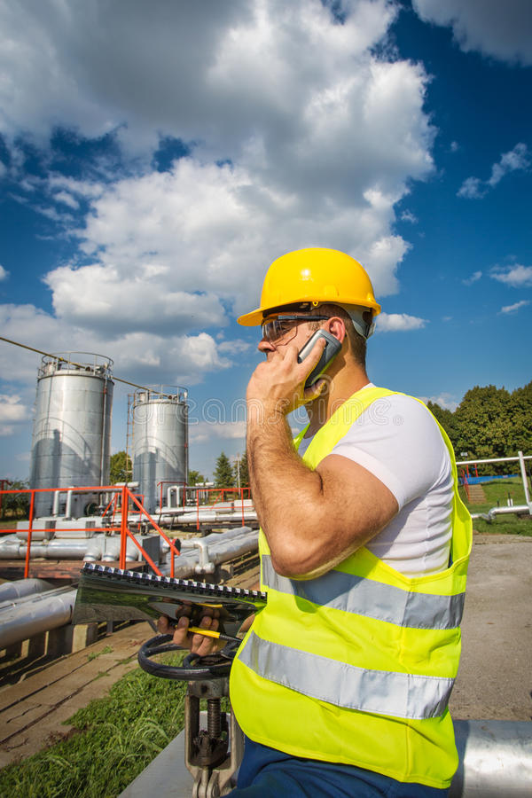 Download Oil And Gas Production Operator Stock Image - Image: 32357771