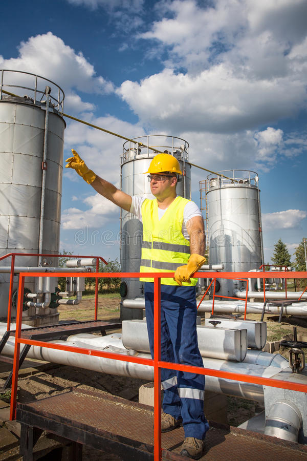 Download Oil And Gas Production Operator Stock Image - Image: 32358993