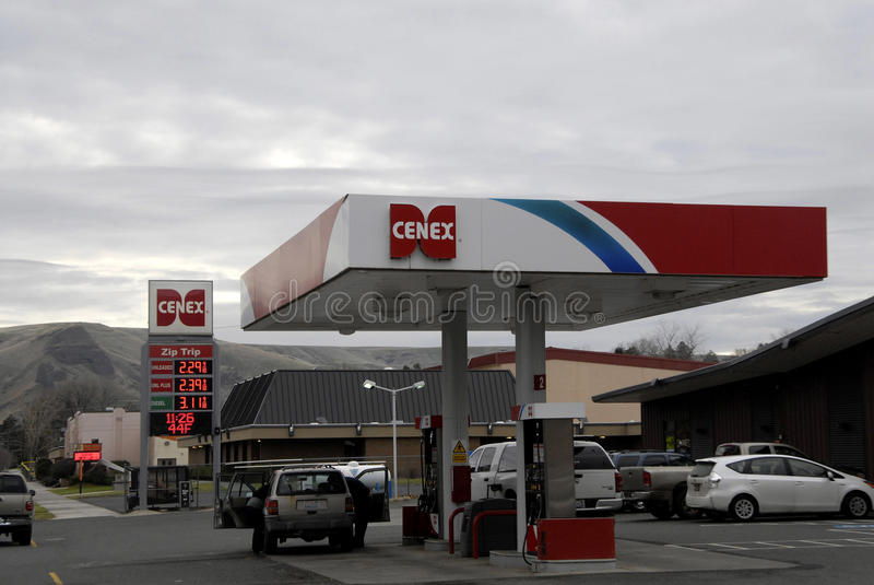 OIL PRICE BOARD AT CENEX GAS STATION stock image
