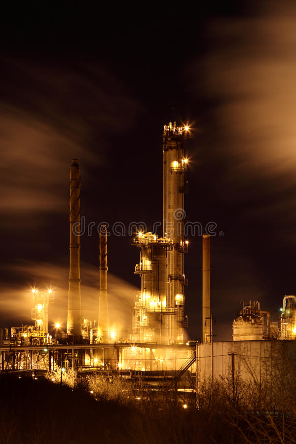 Download Oil refinery stock image. Image of industry, large, distillation - 23134311