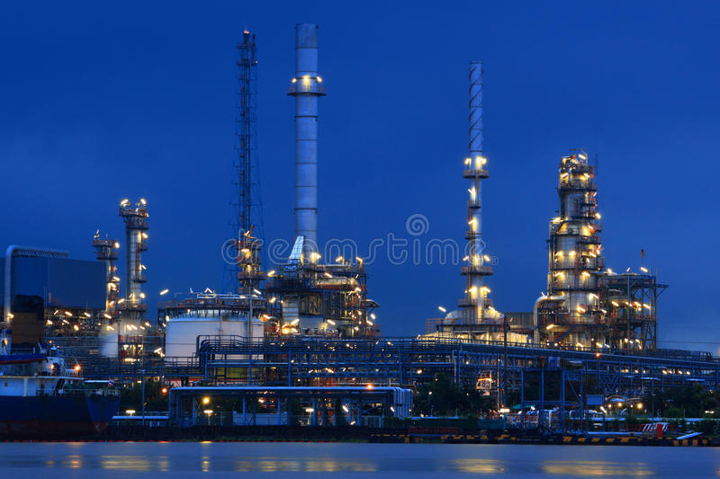Download Oil Refinery stock image. Image of chemical, pipe, complex - 26958523