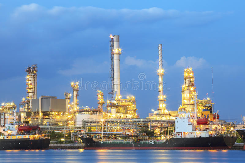 Oil refinery plant in heavy industry estate stock photo