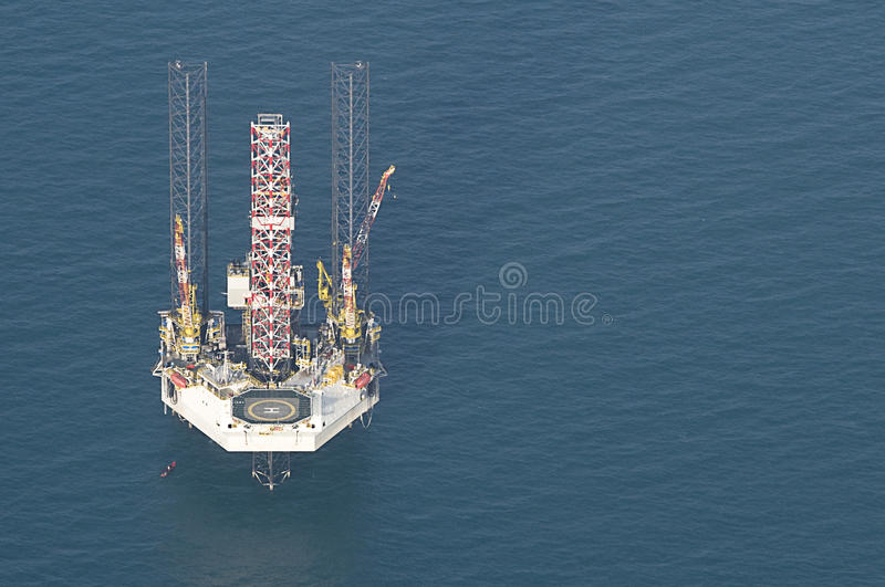 Download Oil rig stock image. Image of power, investment, environment - 20932883