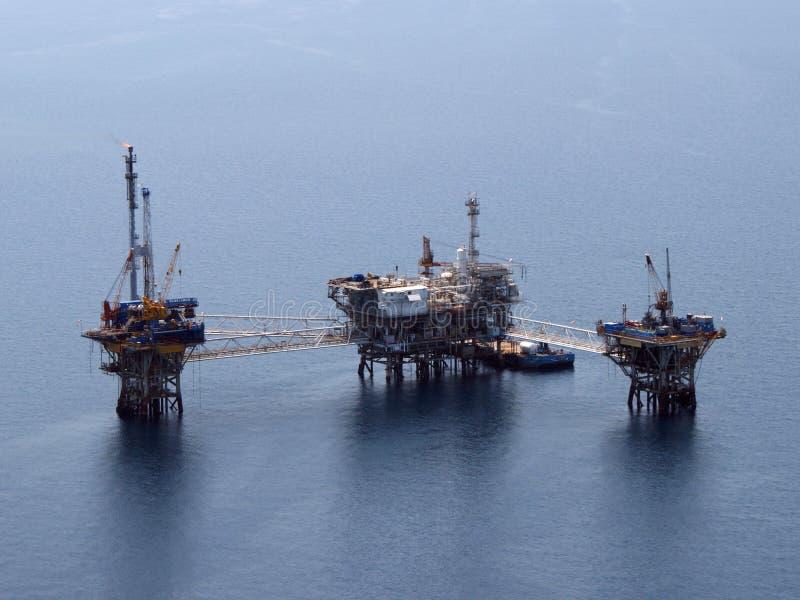 Oil rig aerial