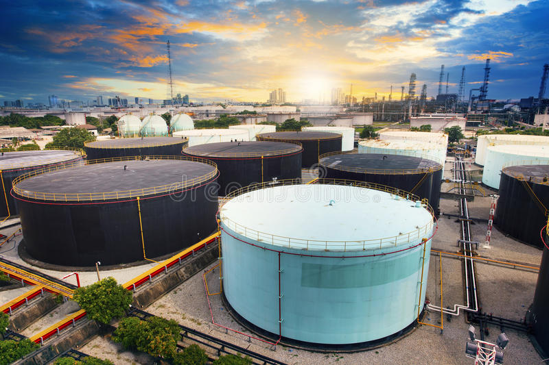 Download Oil Storage Tank In Petrochemical Refinery Industry Plant In Pet Stock Image - Image of factory, engineering: 44640861