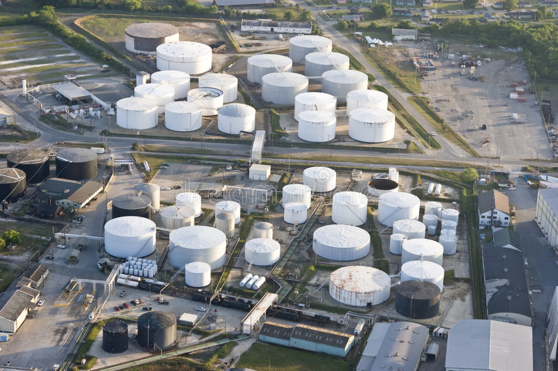 Download Oil storage tanks stock photo. Image of pollution, gasoline - 5095742