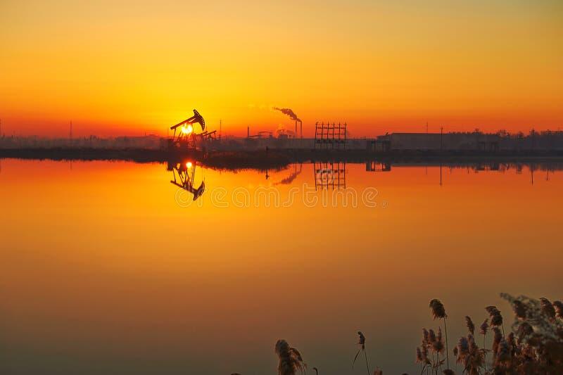 Download The Oil Sucking Machine Lakeside Stock Photo - Image: 35532452