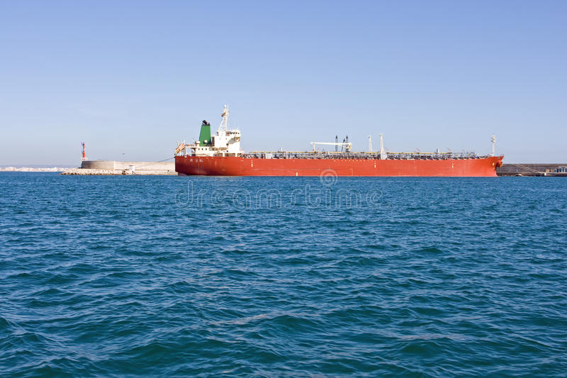 Download Oil tanker stock image. Image of shipping, industries - 10912727