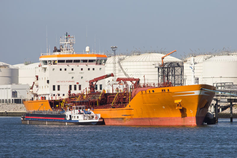 Download Oil tanker stock photo. Image of commerce, commercial - 27557680