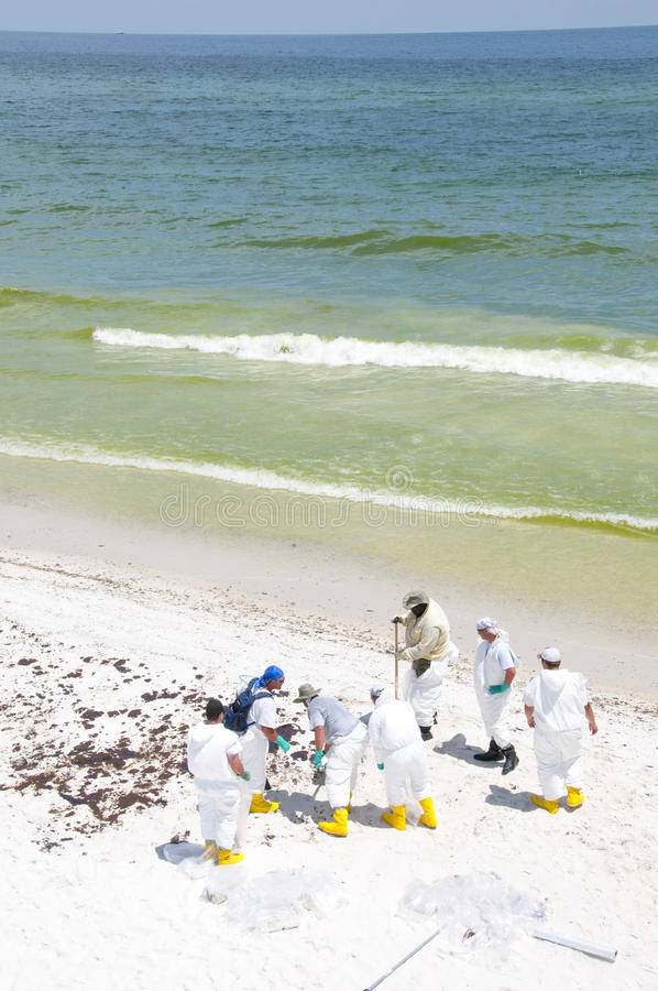 Download Oil Washes Ashore In Pensacola Beach Editorial Stock Image - Image: 14859959