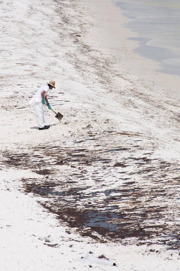 Download Oil Washes Ashore In Pensacola Beach Editorial Stock Photo - Image: 14860043