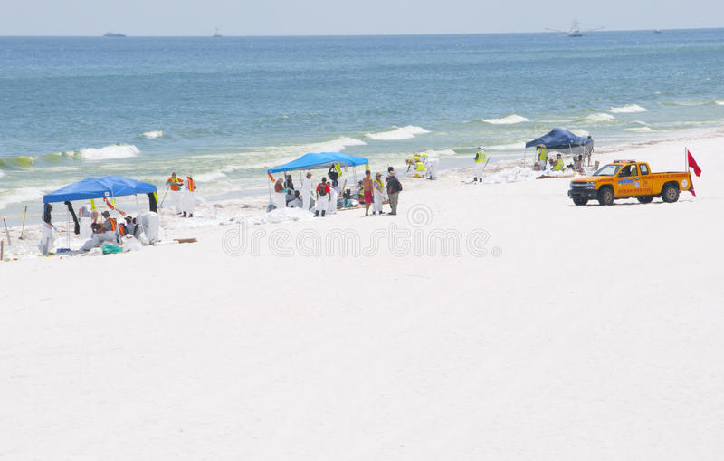 Download Oil Washes Ashore In Pensacola Beach Editorial Stock Photo - Image: 14860063