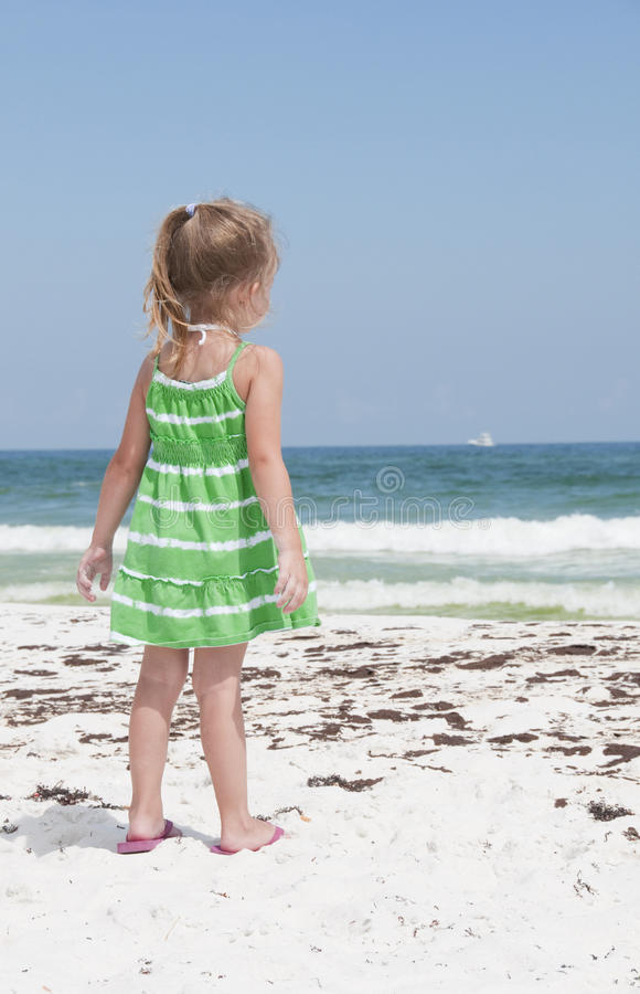 Download Oil Washes Ashore In Pensacola Beach Editorial Stock Photo - Image: 14860168