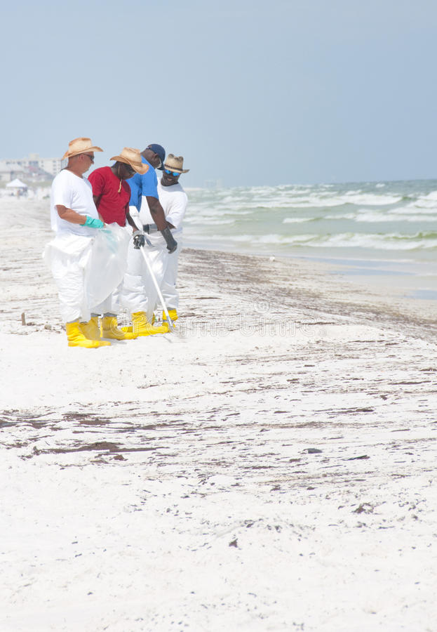 Download Oil Washes Ashore In Pensacola Beach Editorial Image - Image: 14860200