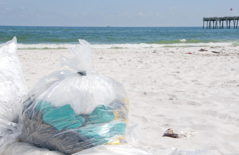 Download Oil Washes Ashore In Pensacola Beach Editorial Stock Image - Image: 14860214