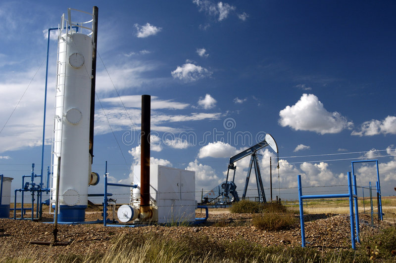 Download Oil Well 23 Royalty Free Stock Photos - Image: 361078