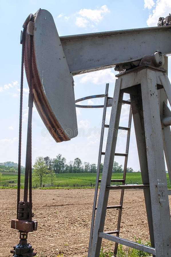 Oil well petroleum land rig stock photography