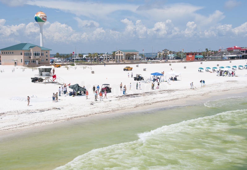 Download Oil Workers Replace Tourists On Pensacola Beach Editorial Photo - Image: 14859991