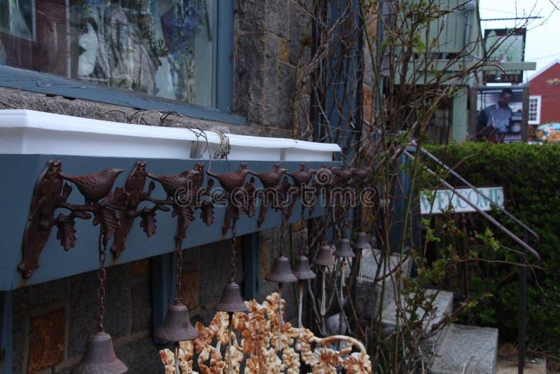 Oiseaux et Bells photo stock