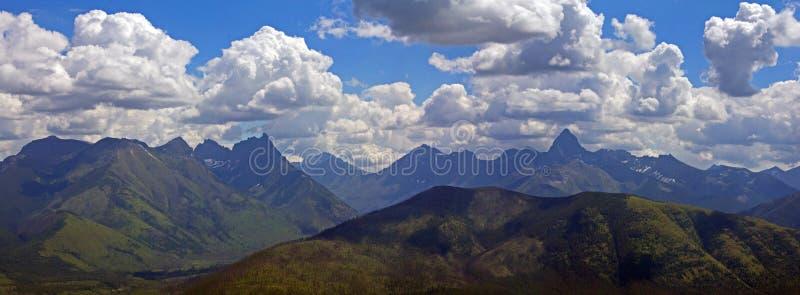Ojämn Bergig Panorama Royaltyfria Bilder