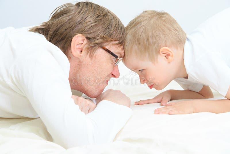 Ojca i syna konflikt zdjęcia royalty free